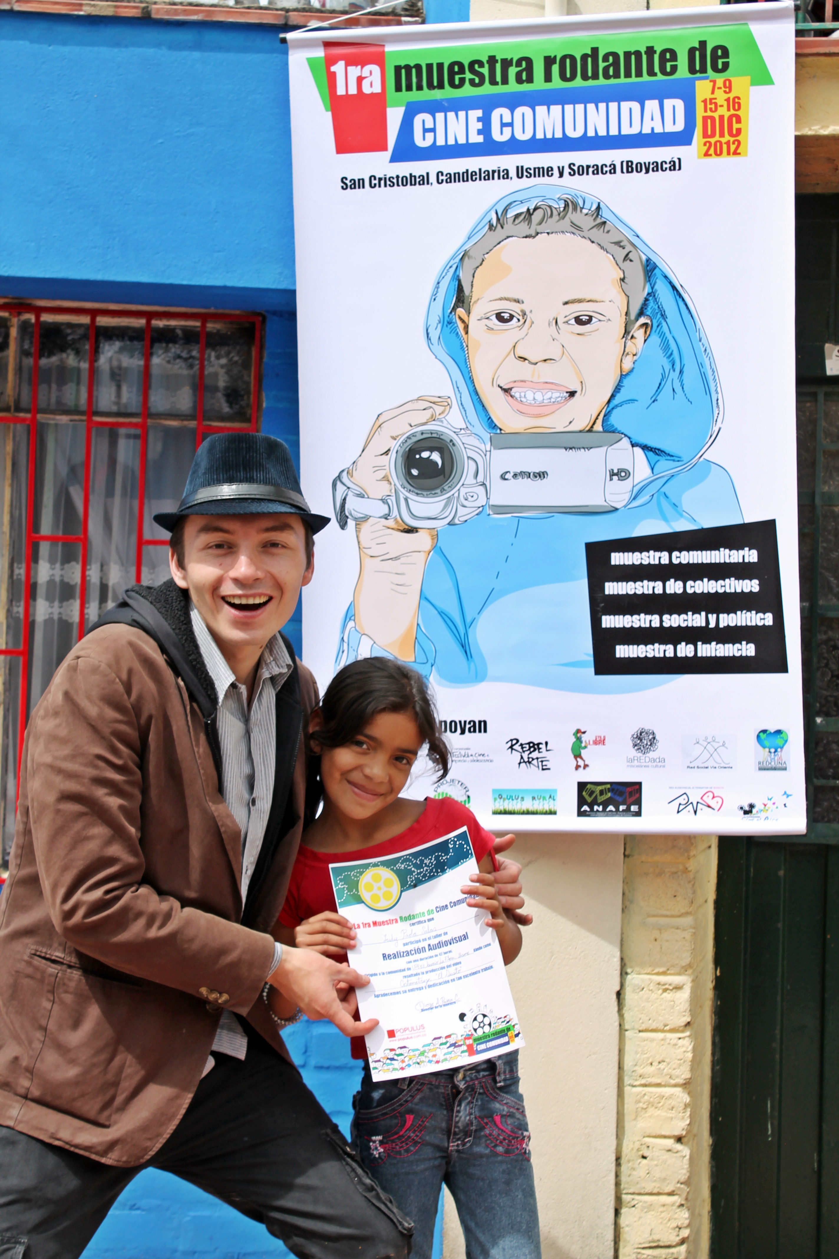Diego Armando, co-founder and project leader in Colombia with one of the participants in their first project year