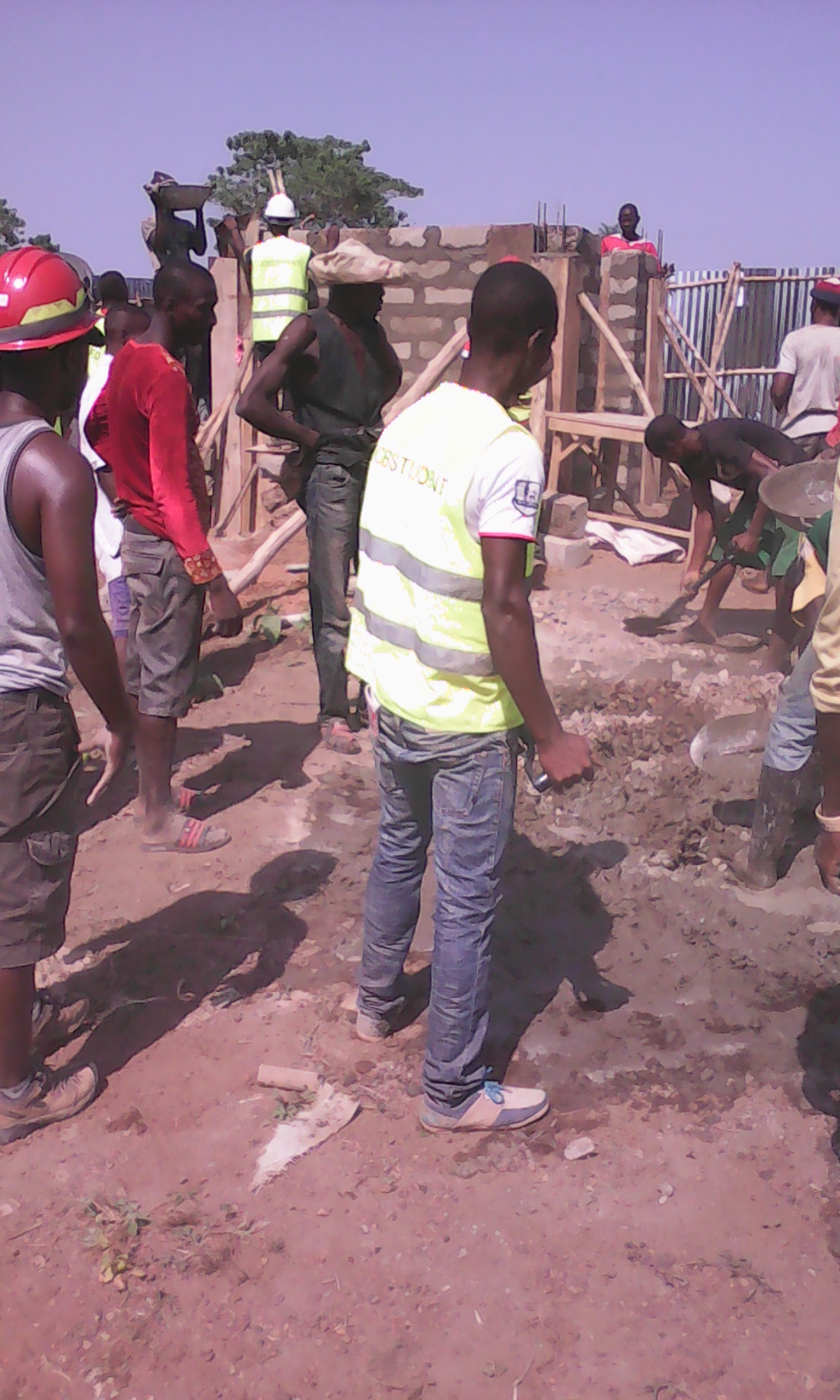Great involvement of villagers on the power terminal contruction